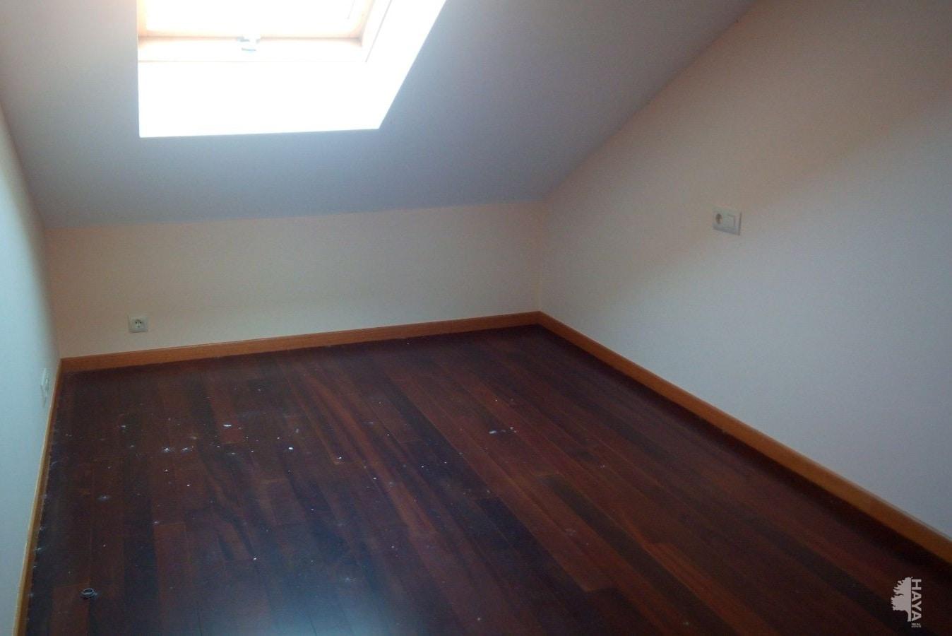 Piso en venta en Carnota, A Coruña, Calle Porto Do Pindo, 35.999 €, 2 habitaciones, 1 baño, 56 m2