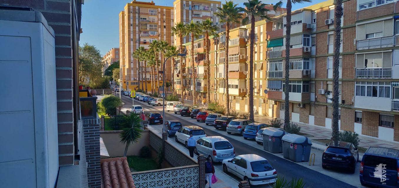 Piso en venta en Carretera de Cádiz, Málaga, Málaga, Calle Nuestra Señora de la Candelas, 277.500 €, 3 habitaciones, 1 baño, 127 m2