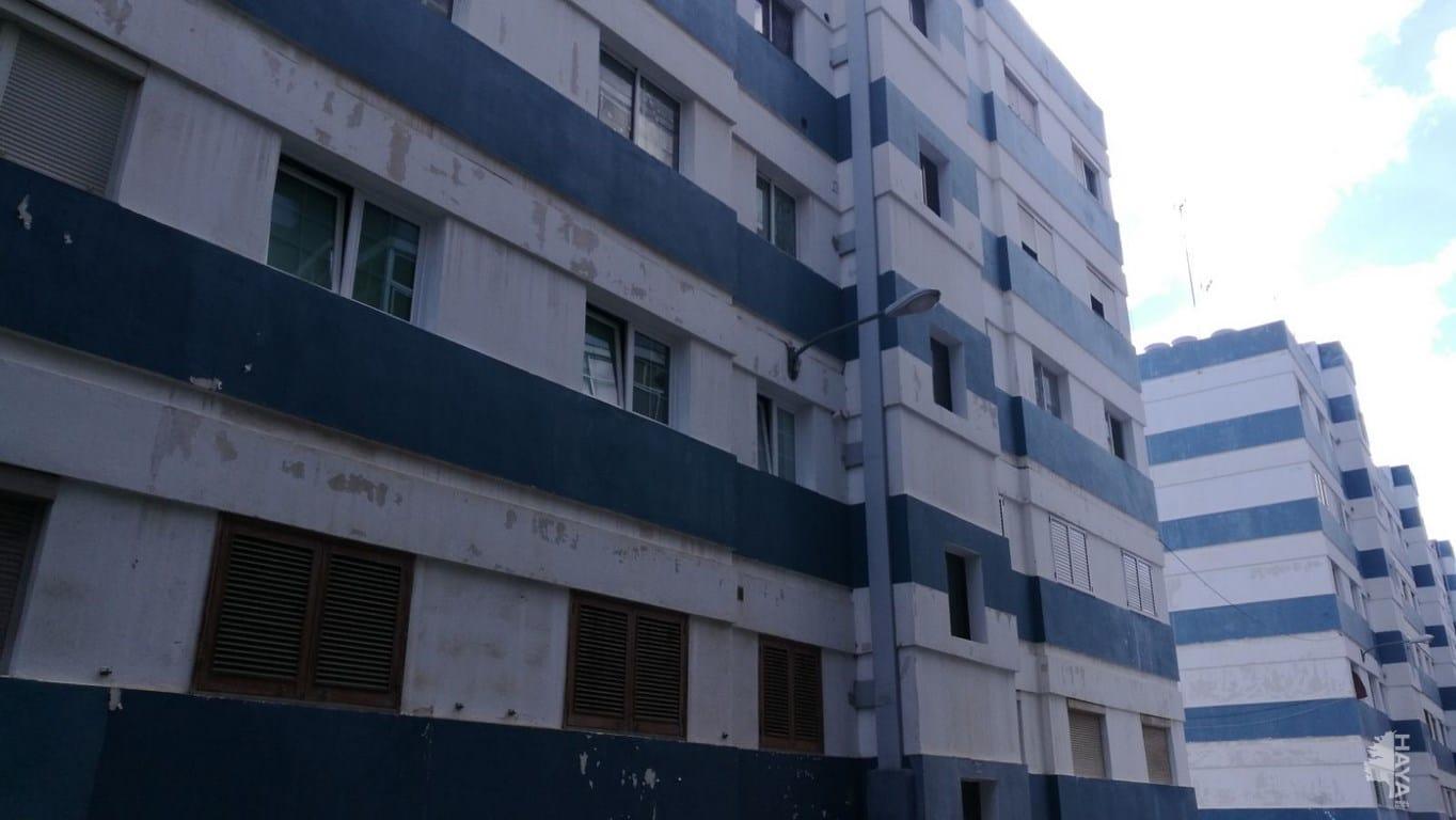 Piso en venta en Las Palmas de Gran Canaria, Las Palmas, Calle Luigi Pirandello, 69.920 €, 3 habitaciones, 1 baño, 92 m2