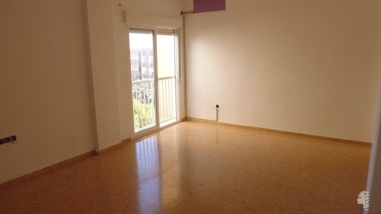 Piso en venta en Crevillent, Alicante, Calle Castellon, 104.791 €, 3 habitaciones, 2 baños, 110 m2