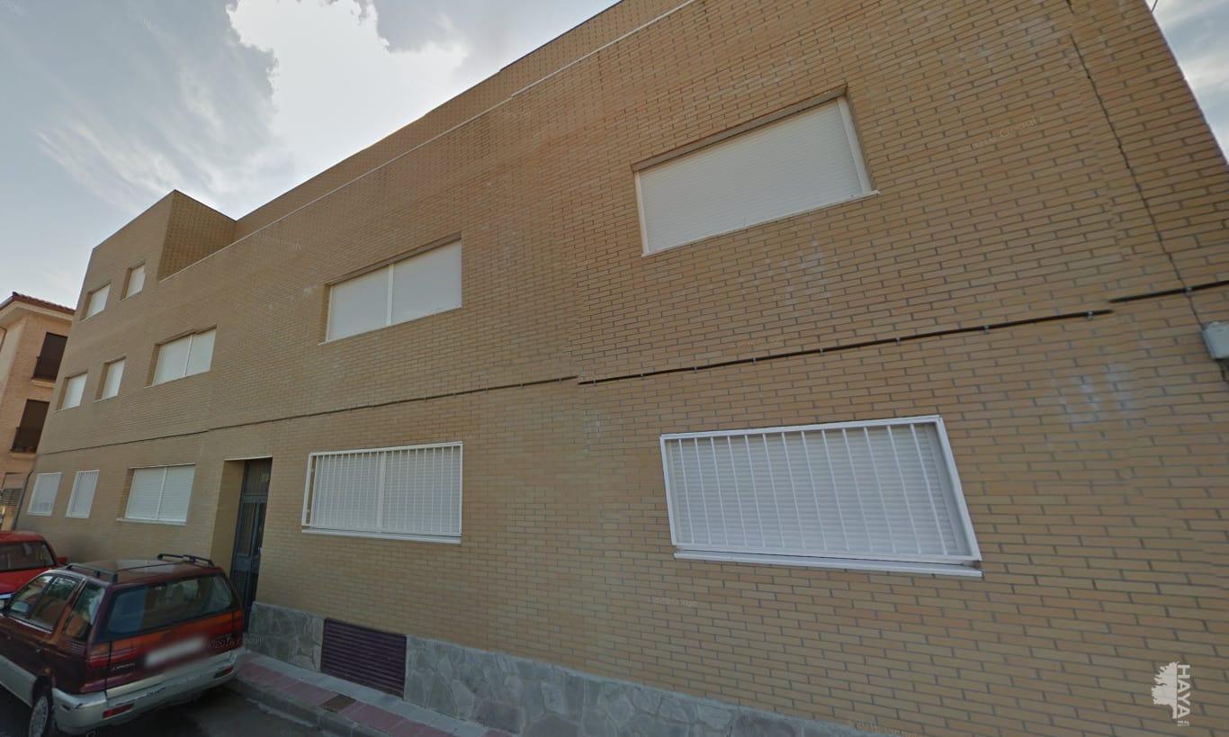 Piso en venta en Lominchar, Toledo, Calle Canales, 54.949 €, 2 habitaciones, 1 baño, 87 m2