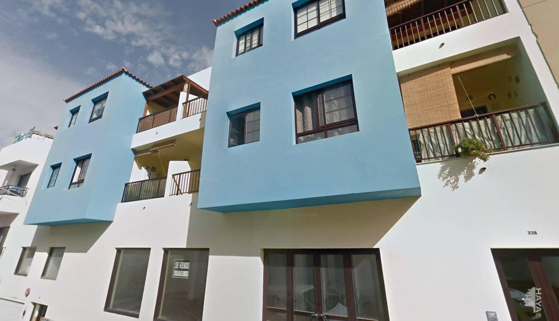 Piso en venta en Gran Tarajal, Tuineje, Las Palmas, Calle Maxorata, 140.000 €, 3 habitaciones, 2 baños, 113 m2