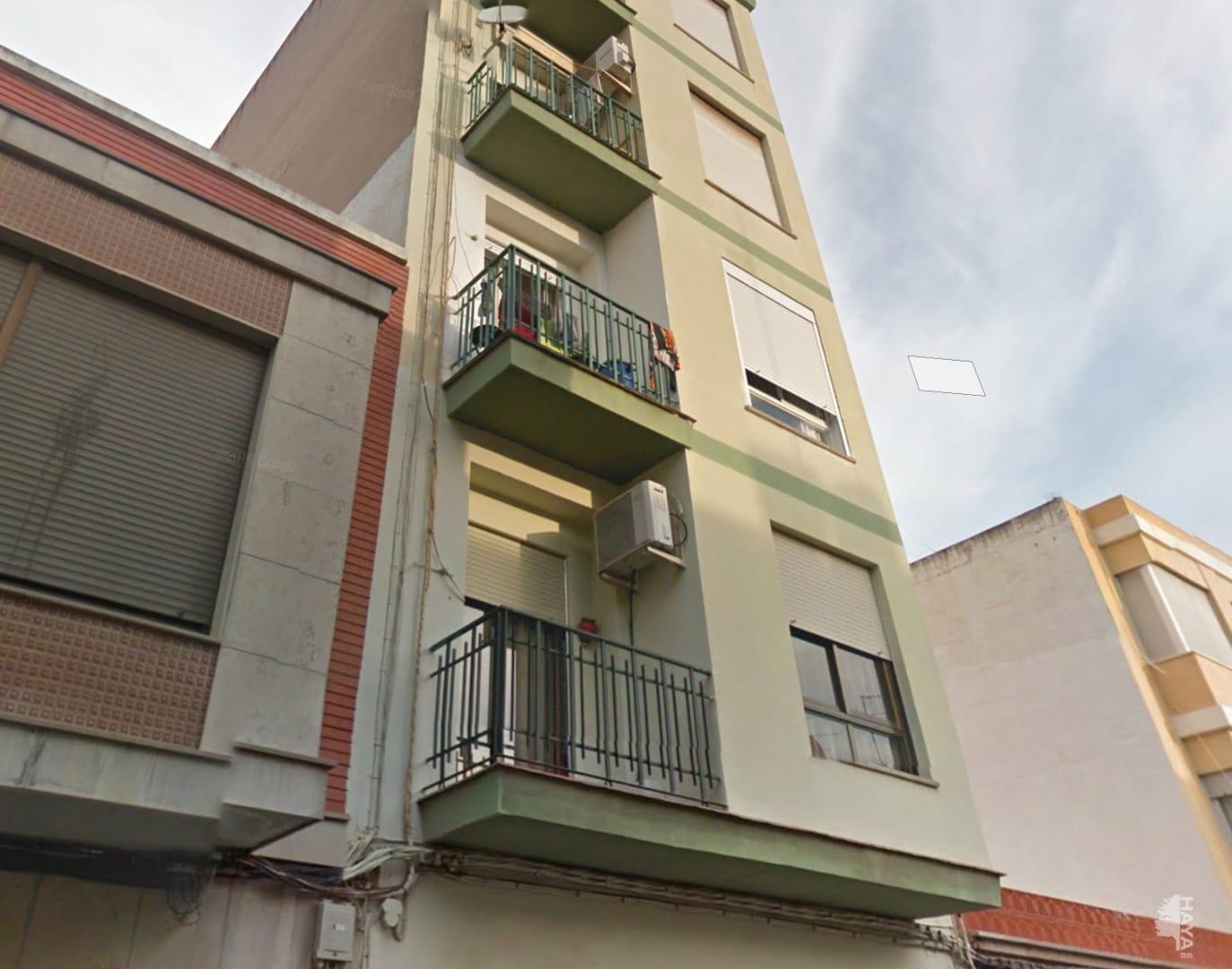 Piso en venta en Burriana, Castellón, Calle Salvador Gines, 30.300 €, 4 habitaciones, 1 baño, 113 m2