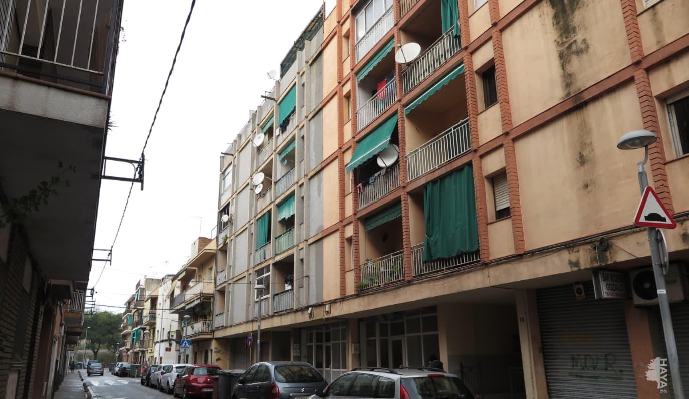 Piso en venta en Canovelles, Barcelona, Calle Sequia, 68.400 €, 3 habitaciones, 1 baño, 75 m2