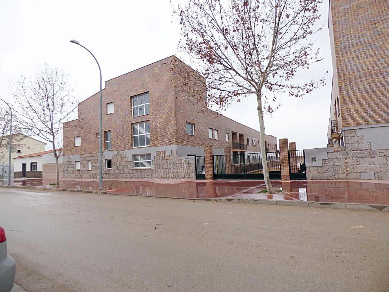 Piso en venta en Yepes, Yepes, Toledo, Avenida S Luis, 78.000 €, 3 habitaciones, 1 baño, 99 m2
