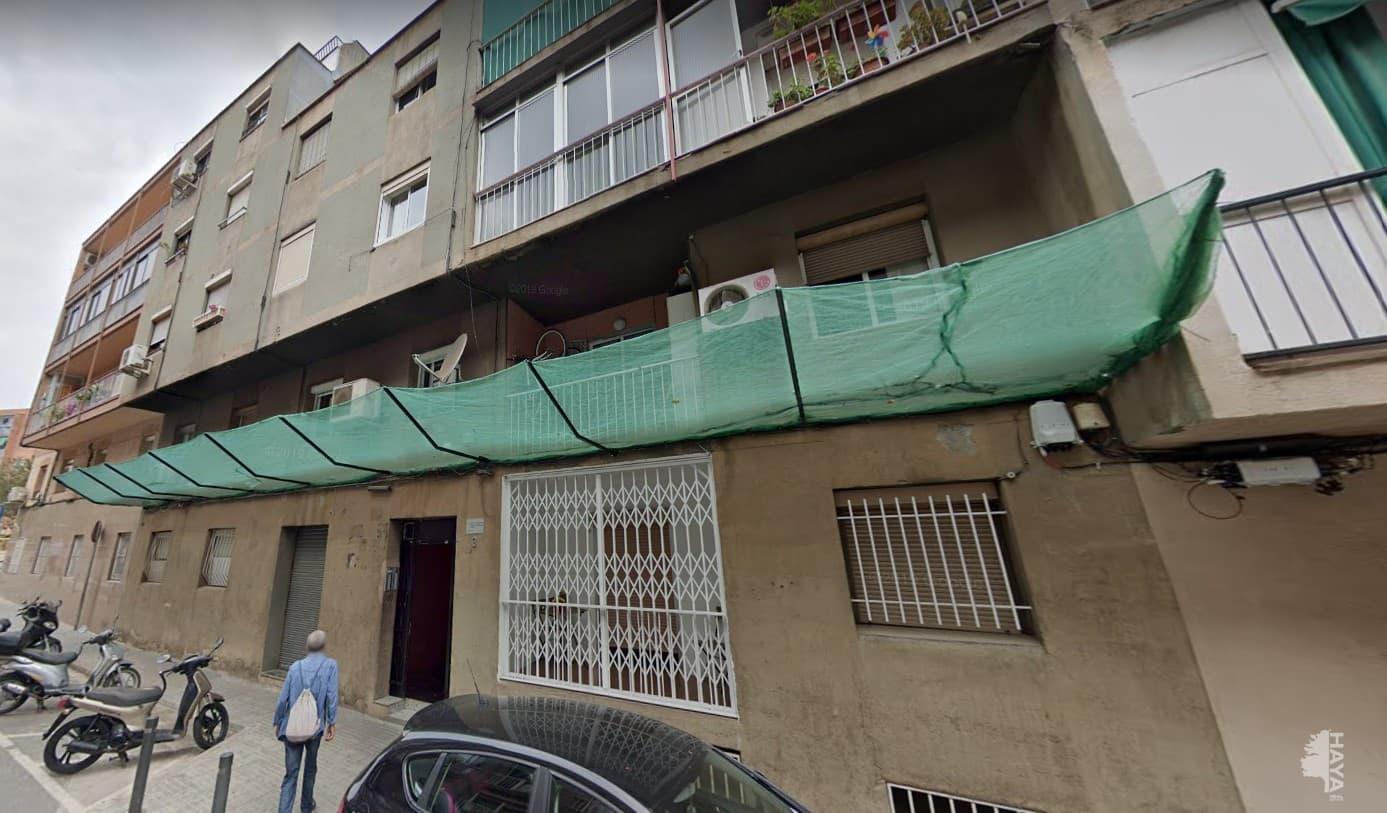 Piso en venta en Santa Coloma de Gramenet, Barcelona, Calle Torras I Bages, 95.600 €, 3 habitaciones, 1 baño, 57 m2