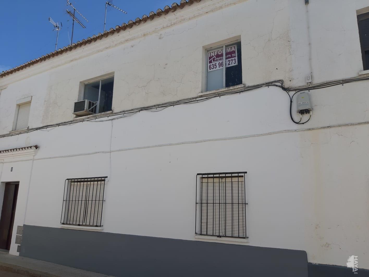 Piso en venta en Olivenza, Badajoz, Calle Maestro Guerra, 33.400 €, 3 habitaciones, 1 baño, 73 m2