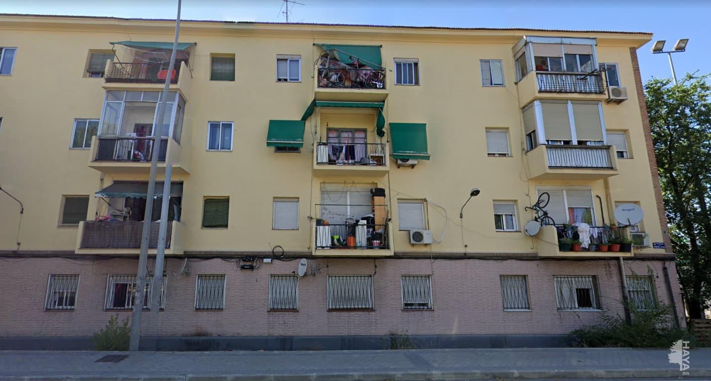 Piso en venta en Madrid, Madrid, Calle San Dalmacio, 66.000 €, 3 habitaciones, 1 baño, 57 m2