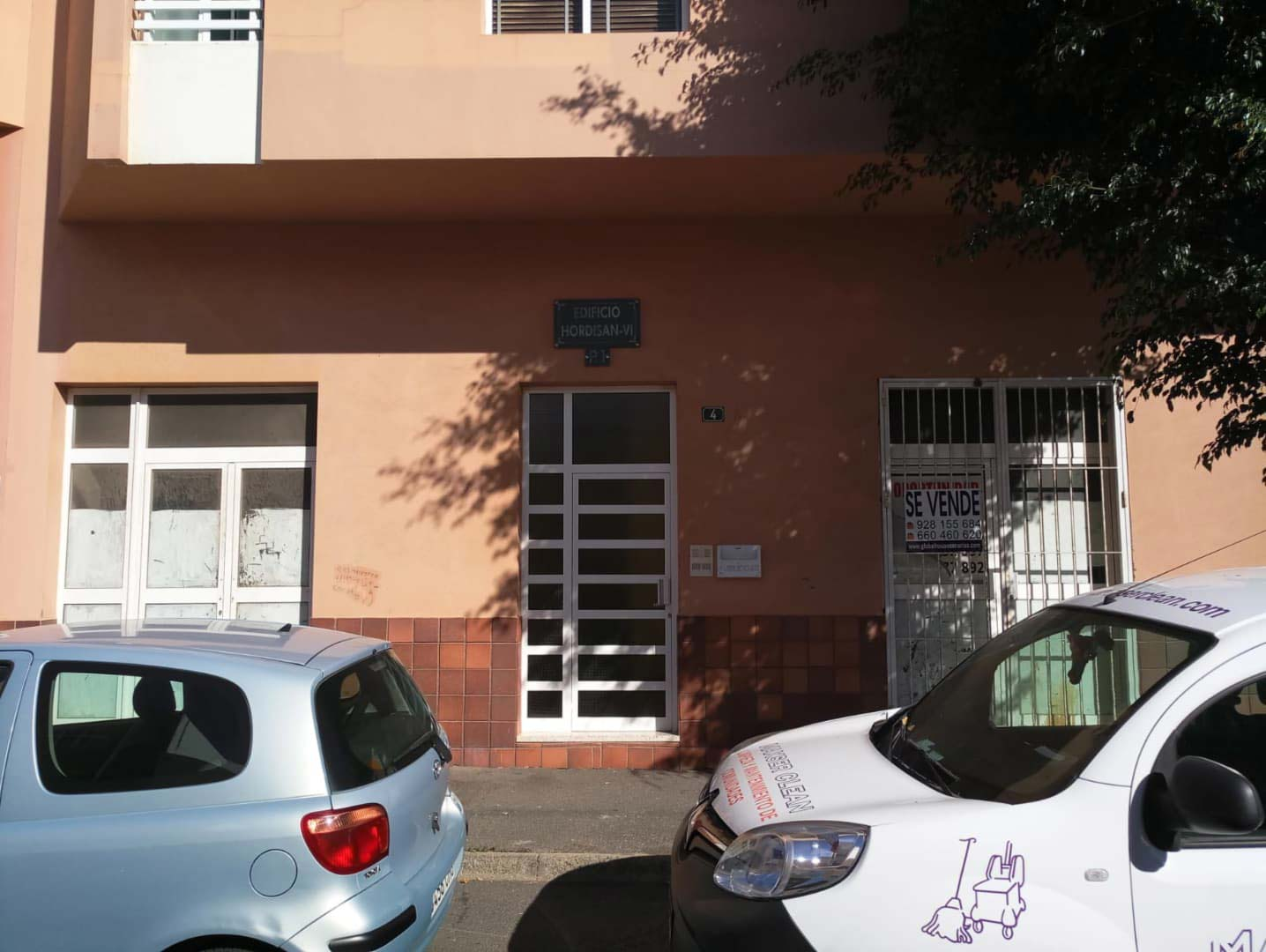 Local en venta en Santa Lucía de Tirajana, Las Palmas, Calle Ingeniero Doreste, 93.000 €, 153 m2