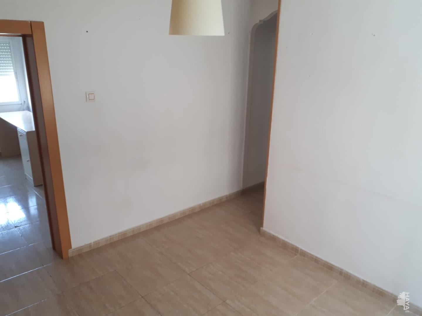Piso en venta en Los Ángeles, Alicante/alacant, Alicante, Calle Villa de Chiva, 30.990 €, 3 habitaciones, 1 baño, 78 m2