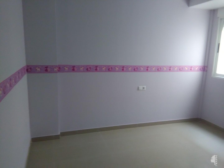 Piso en venta en Piso en Sant Joan de Moró, Castellón, 132.000 €, 4 habitaciones, 3 baños, 160 m2