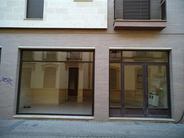 Local en venta en Huelva, Huelva, Calle Periodista Luca de Tena, 74.500 €, 82 m2