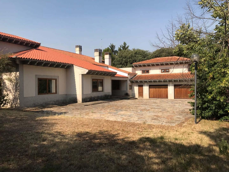 Casa en venta en Urbanizaciones Este, Boadilla del Monte, españa, Travesía de los Almendros, 1.976.000 €, 9 habitaciones, 5 baños, 1124 m2