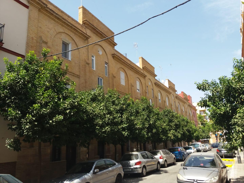 Piso en venta en Sevilla, Sevilla, Calle Betariz de Suabia, 114.750 €, 1 baño, 65 m2