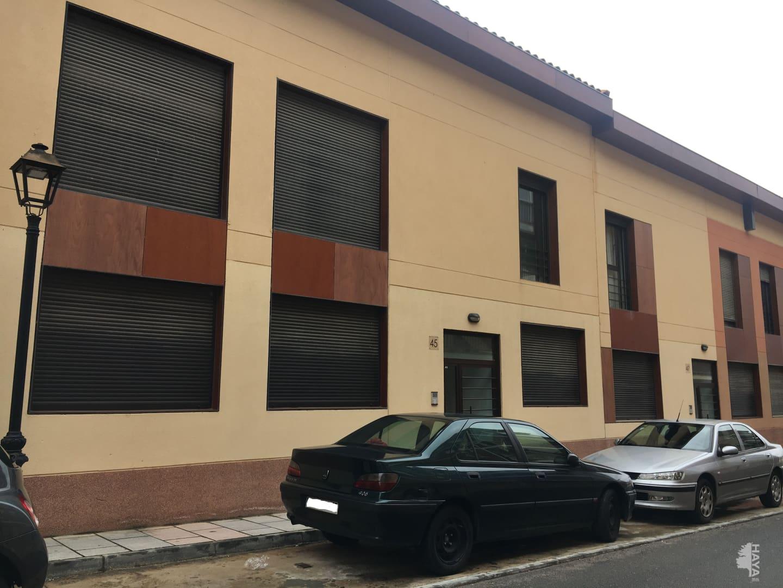 Piso en venta en Chiloeches, Guadalajara, Calle Carracastillo, 80.900 €, 1 habitación, 1 baño, 84 m2