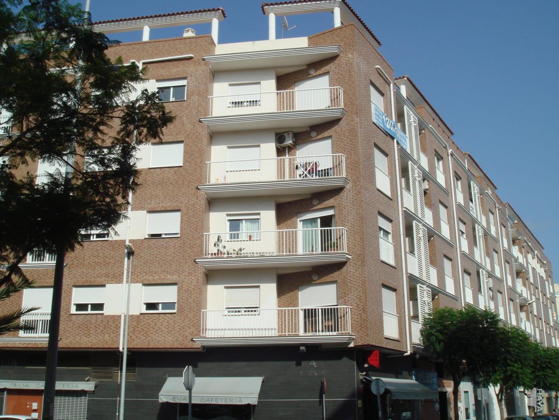 Piso en venta en Almazora/almassora, Castellón, Calle 9 de Octubre, 83.100 €, 3 habitaciones, 2 baños, 109 m2