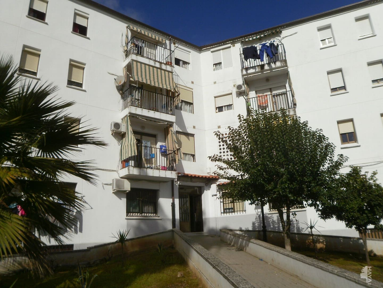 Piso en venta en Olivenza, Badajoz, Calle los Naranjos, 42.100 €, 3 habitaciones, 1 baño, 78 m2