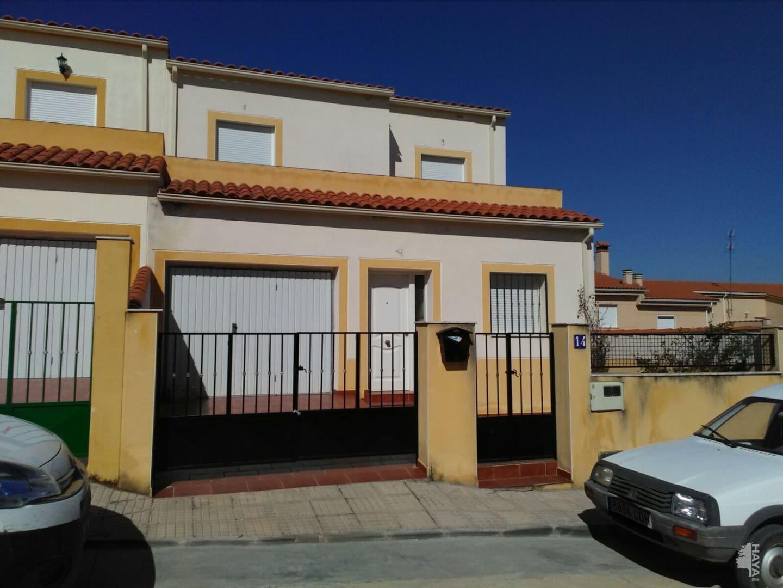 Casa en venta en Membrío, Cáceres, Calle Saharaui, 90.600 €, 4 habitaciones, 2 baños, 143 m2