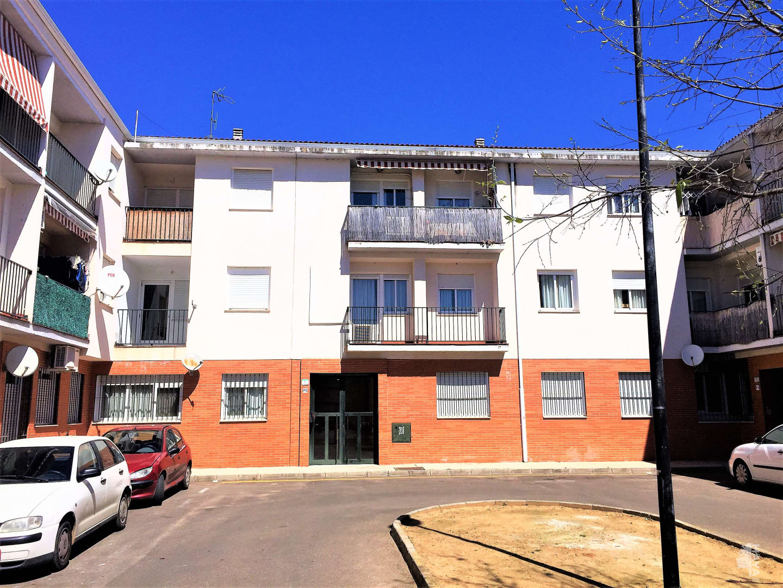 Piso en venta en Montijo, Badajoz, Calle Federico Gonzalez Moreno, 54.400 €, 2 habitaciones, 2 baños, 93 m2