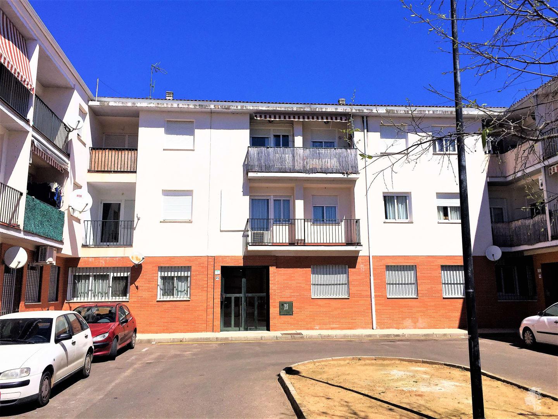 Piso en venta en Montijo, Badajoz, Calle Federico Gonzalez Moreno, 64.559 €, 2 habitaciones, 2 baños, 93 m2