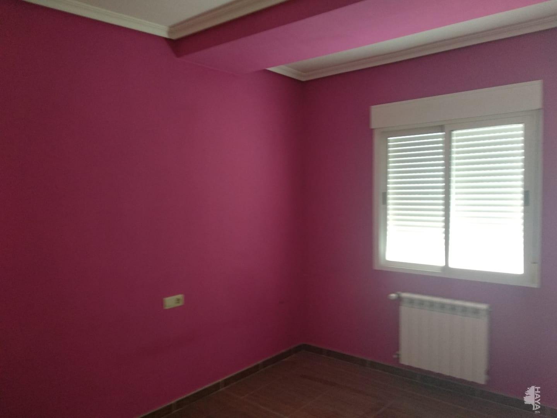 Piso en venta en Piso en la Roda, Albacete, 76.865 €, 4 habitaciones, 2 baños, 136 m2