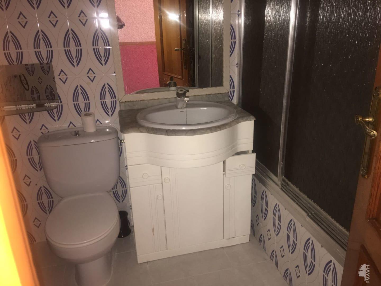 Piso en venta en La Roda, Albacete, Paseo de la Estacion, 109.933 €, 3 habitaciones, 2 baños, 146 m2
