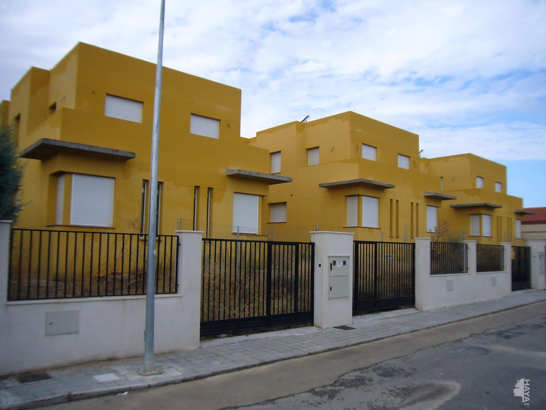 Piso en venta en Villamiel de Toledo, Toledo, Calle Don Quijote, 46.700 €, 3 habitaciones, 1 baño, 134 m2