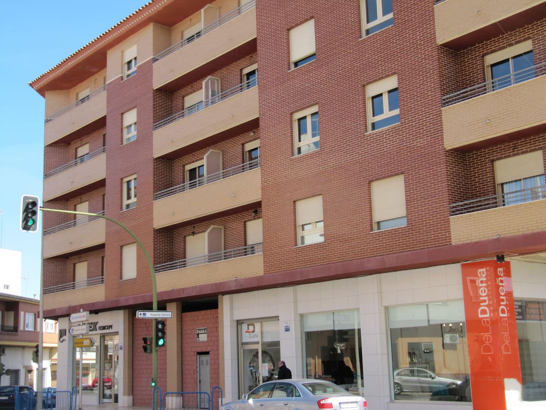 Piso en venta en Piso en Villarrobledo, Albacete, 88.075 €, 3 habitaciones, 2 baños, 1 m2, Garaje