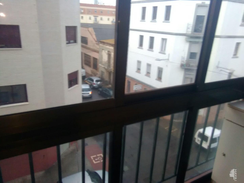 Piso en venta en Castellón de la Plana/castelló de la Plana, Castellón, Calle Nules, 56.700 €, 3 habitaciones, 2 baños, 86 m2