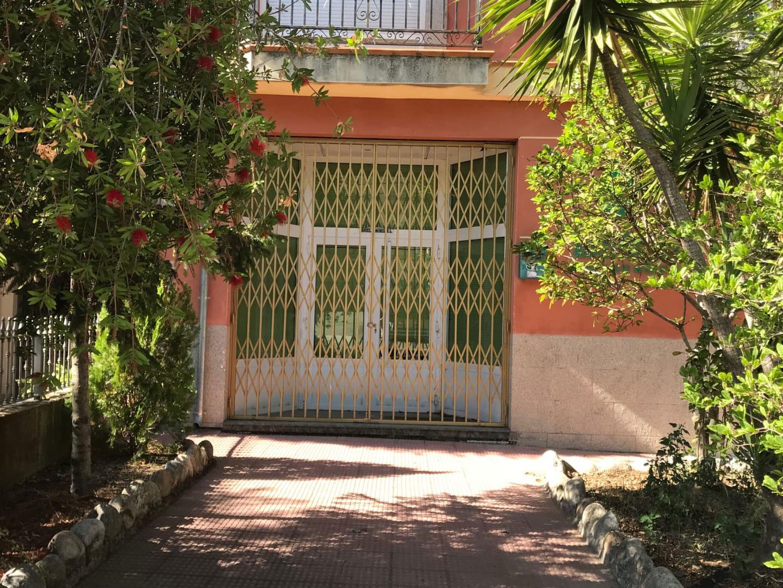 Local en venta en Jarandilla de la Vera, Jarandilla de la Vera, Cáceres, Avenida Doña Soledad Vega Ortiz, 94.700 €, 302 m2
