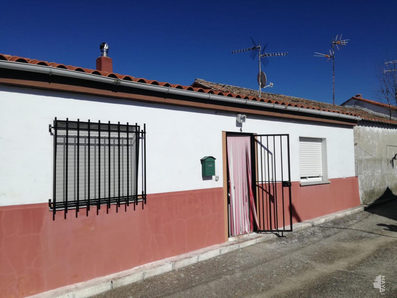 Casa en venta en Barruecopardo, Salamanca, Calle Tulipanes, 46.971 €, 5 habitaciones, 1 baño, 90 m2