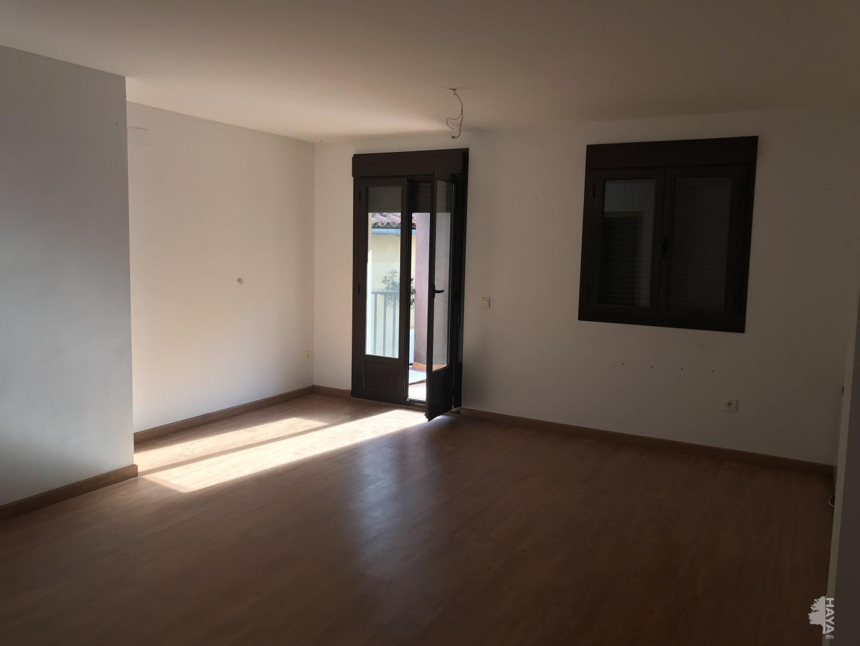Piso en venta en Piso en Baños de Montemayor, Cáceres, 90.600 €, 3 habitaciones, 2 baños, 119 m2