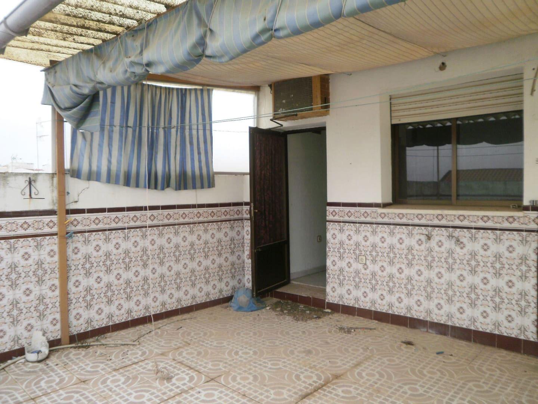 Piso en venta en Piso en Villanueva de la Serena, Badajoz, 57.100 €, 4 habitaciones, 3 baños, 135 m2