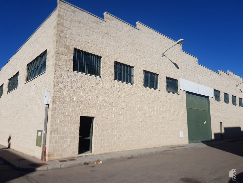 Industrial en venta en Medina del Campo, Valladolid, Calle Tejedores, 188.600 €, 3379 m2