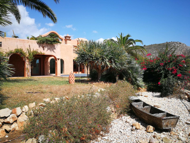 Casa en venta en Teulada, Alicante, Calle Colibri, 914.820 €, 4 habitaciones, 3 baños, 377 m2