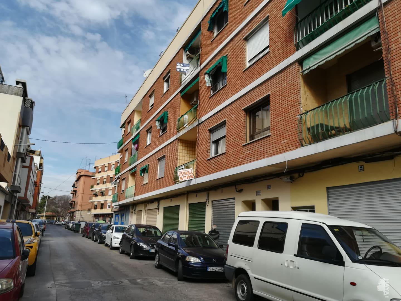 Piso en venta en El Port de Sagunt, Sagunto/sagunt, Valencia, Calle Teodoro Llorente, 60.000 €, 3 habitaciones, 2 baños, 69 m2
