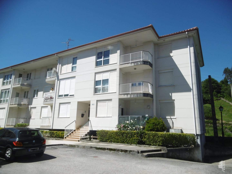 Piso en venta en Tabernilla, Ampuero, Cantabria, Urbanización los Cisnes, 62.700 €, 3 habitaciones, 2 baños, 156 m2