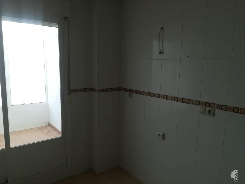 Piso en venta en Piso en la Roda, Albacete, 84.000 €, 3 habitaciones, 1 baño, 122 m2