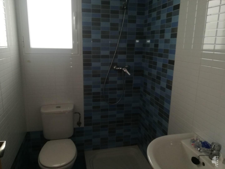 Piso en venta en Piso en la Roda, Albacete, 76.000 €, 3 habitaciones, 1 baño, 129 m2
