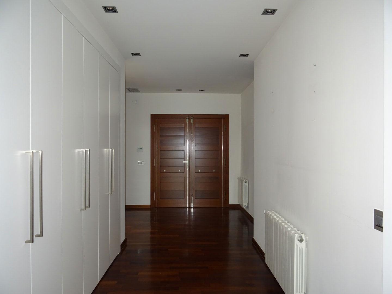 Casa en venta en Casa en la Vall D`uixó, Castellón, 646.000 €, 5 habitaciones, 6 baños, 610 m2