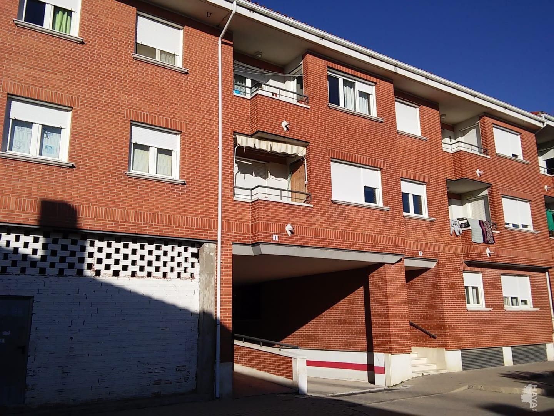 Piso en venta en Cuéllar, Segovia, Calle Guatemala, 55.006 €, 2 habitaciones, 1 baño, 68 m2