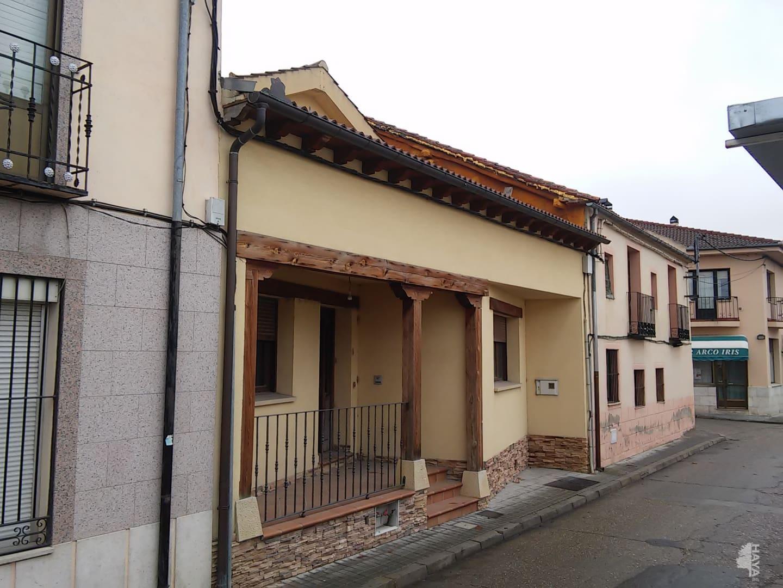 Casa en venta en Mozoncillo, Segovia, Calle Cerco, 130.536 €, 4 habitaciones, 3 baños, 200 m2