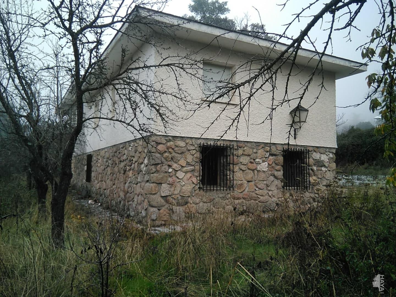 Casa en venta en El Espinar, Segovia, Calle Ravena, 142.557 €, 5 habitaciones, 2 baños, 244 m2