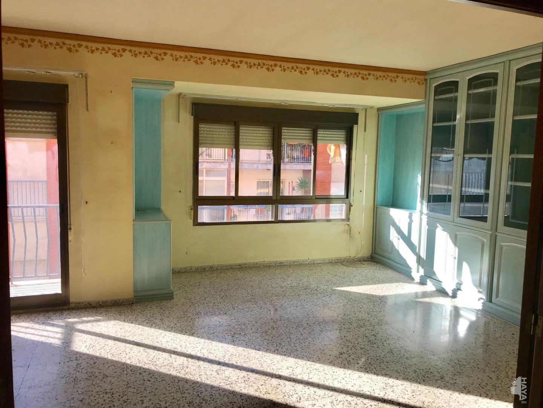 Piso en venta en Piso en Gandia, Valencia, 70.294 €, 3 habitaciones, 1 baño, 131 m2