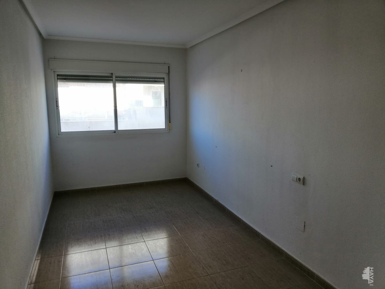 Piso en venta en Piso en Almoradí, Alicante, 71.000 €, 2 habitaciones, 1 baño, 140 m2