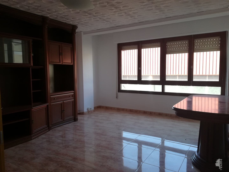 Piso en venta en Piso en Castellón de la Plana/castelló de la Plana, Castellón, 95.400 €, 3 habitaciones, 1 baño, 107 m2