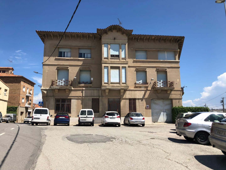 Piso en venta en Can Cardona, Calaf, Barcelona, Calle Raval de Sant Jaume, 125.454 €, 4 habitaciones, 2 baños, 220 m2