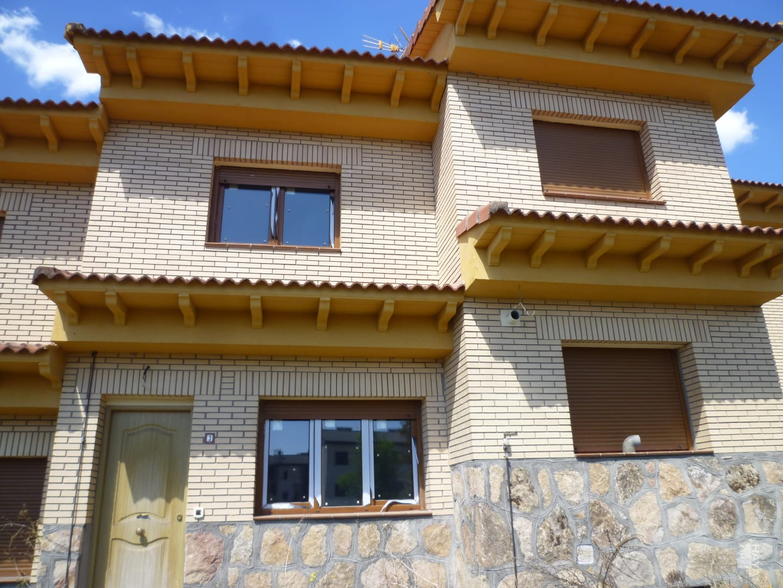 Casa en venta en La Adrada, Ávila, Calle Partida Extrarradio Picota, 70.000 €, 2 habitaciones, 1 baño, 84 m2