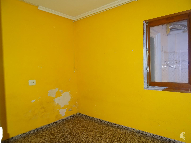 Piso en venta en Piso en Almazora/almassora, Castellón, 44.000 €, 1 baño, 97 m2