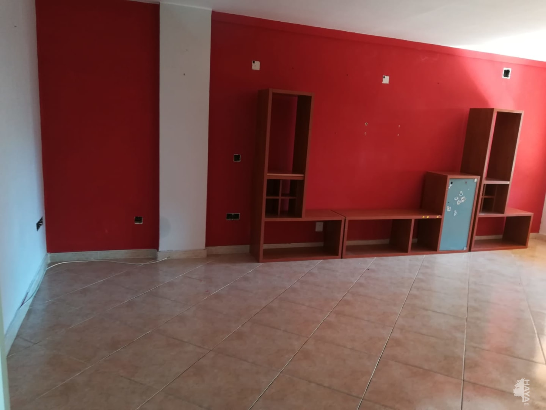 Piso en venta en Castellón de la Plana/castelló de la Plana, Castellón, Calle Canalejas, 93.600 €, 4 habitaciones, 2 baños, 117 m2